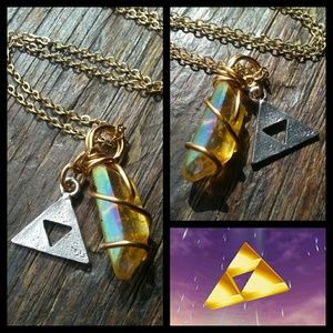 💛LoZ Triforce Crystal Charm Necklace💛